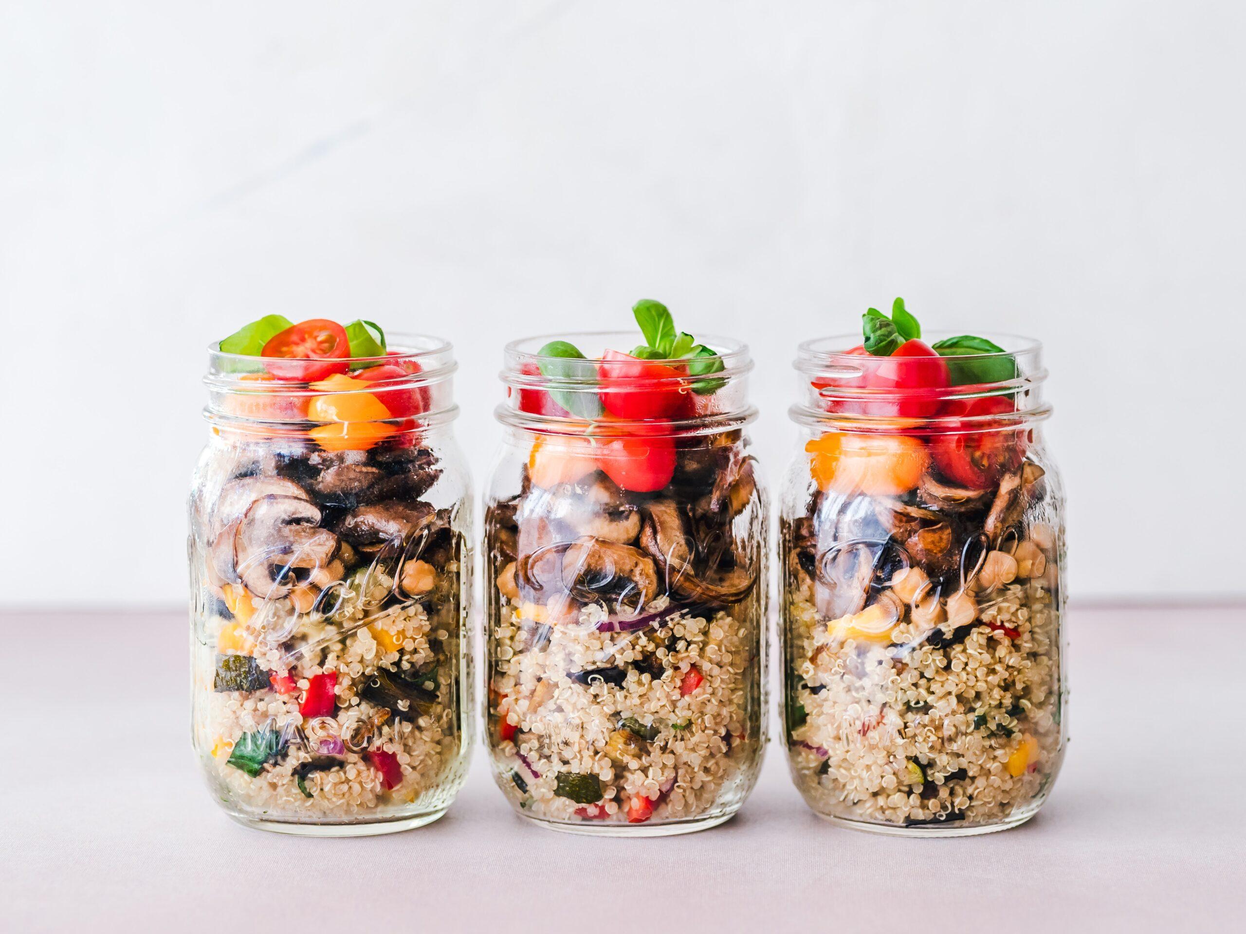 meal prepping in jar